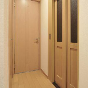 ホームエレベーターで親子世帯を結ぶ、<br>繋がりのある完全分離型2世帯住宅の注文住宅