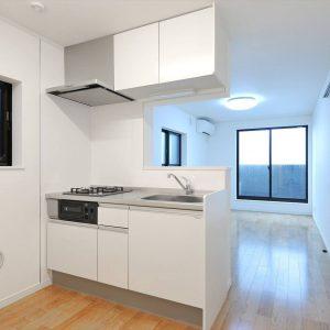 半地下活用の縦の空間拡張&賃貸住宅ならではの<br>メンテナンス性にもこだわった工夫が満載!